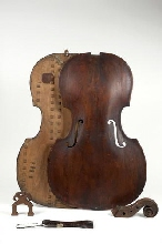 Carmentis - Online museum catalogue of the RMAH - Bass